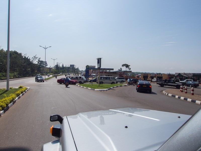 chamäleon reisen uganda ruanda